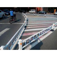 河南护栏厂家供应锌钢道路护栏 马路中间交通安全防撞栏现货可安装