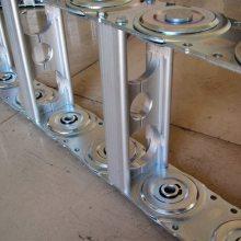 数控车床改造选用油管防护链TL95钢铝拖链