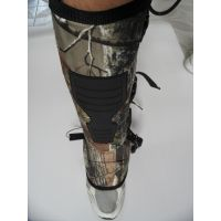防蛇护腿防蛇护套对蛇的咬合力起到一定性的保护作用