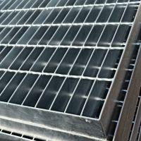 q235材质镀锌平台钢格板 钢结构专用钢格板