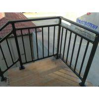锌钢空调护栏的安装