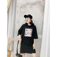 武汉国际品牌女装折扣货源库存女装尾货走份多种款式多种风格