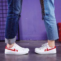 新款韩版潮流板鞋百搭情侣款低帮潮鞋男士运动鞋快手抖音同款红鞋