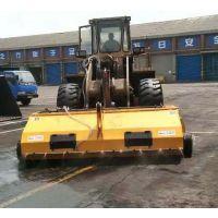 50铲车配前进式清扫器价格 港口码头清理路面用封闭扫地机