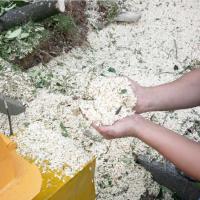 蘑菇养殖用木屑粉碎机 电动高速万能木材削片机