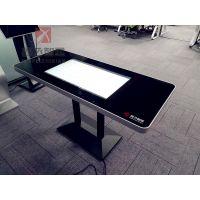 简约现代四人32寸XF-CZ鑫飞智显智能点餐桌新款带USB连手机充电触摸玩游戏互动餐桌