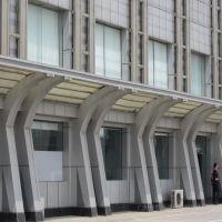 户外装饰专用2.5mm厚氟碳铝单板,冲孔铝板幕墙装修效果