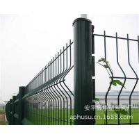【厂家批发】护栏网、桃型柱护栏网、桃型柱隔离栅、桃型柱围栏网