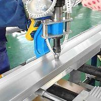 铝梯自冲铆接机,不打孔装钉的铝合金梯子铆接机制造新设备