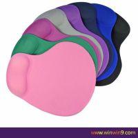 环保硅胶办公礼品鼠标垫定制 创意护腕鼠标垫定制厂家直销