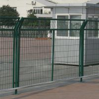 绿色安全防护网 围墙护栏网 铁路围栏网