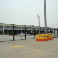 养殖场钢丝网护栏 浸塑护栏网 河道防护网