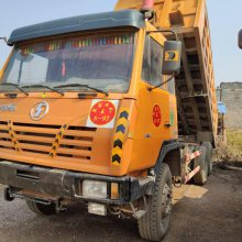 二手陕汽奥龙 340马力5.6米大箱出售