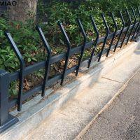 道路绿化带护栏 PVC护栏现货 公园花池围栏
