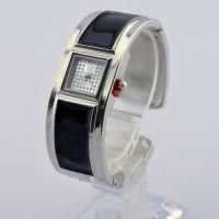韩版高档时尚水钻女士手镯表厂家直销 学生简约时装滴胶手镯手表