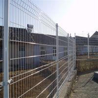 桃形柱围栏 桃型柱护栏网 桃形三角折弯护栏 小区防护网 养殖围网