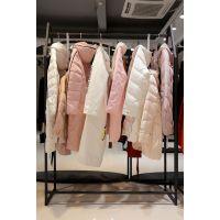 迪丝雅品牌女装折扣一手货源 寻找品牌折扣女装尾货粉色休闲套装