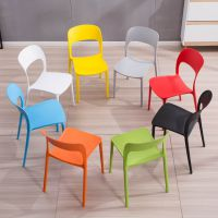 简约白色成人加厚塑料餐椅子靠背家用户外休闲彩色餐厅快餐店胶椅