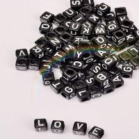 6x6MM黑底白字塑料字母方形散珠子 A-Z26个英文字母 饰品配件批发