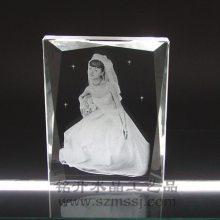 激光内雕个人水晶影像摆件,婚庆公司水晶礼品定做,可带灯光底座