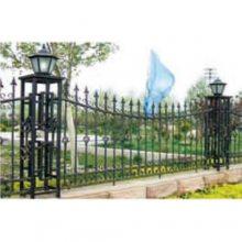 铁艺护栏供应商 巨煜金属 庭院铁艺护栏图片 锻打铁艺护栏