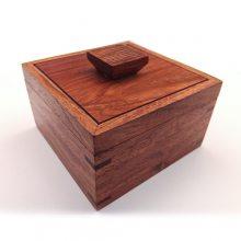 红木收纳盒中式摆件创意产品商务办公用品雕刻加工定制