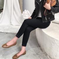 时尚女装批发工厂直销便宜秋冬牛仔裤字在广东哪里有一手货源牛仔裤厂家批发