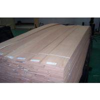 厂家直供红橡直纹木皮 贴密度板免漆木饰面板木皮