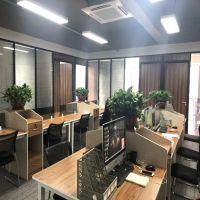 全国供应办公室装修、玻璃间隔墙、双玻百叶隔断