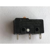 广东厂家供应3脚微动开关 SS-5微动小型大电流 银触点 按键开关