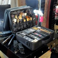 JSH大号专业化妆箱工具箱多层化妆包手提影楼化妆师跟妆专用