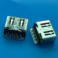 USB 3.0 AF 90度平口 外壳无脚 L=11.7mm 沉板式 板上高度1.36MM