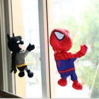 现货电动唱歌可吸玻璃蜘蛛侠蝙蝠侠超级英雄汽车装饰毛绒公仔玩具