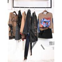潮牌女装折扣店蜜喜时尚上衣尾货服装批发多种风格新款组货包