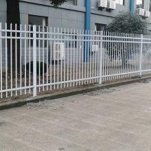 围墙护栏网 宣城小区锌钢阳台护栏网厂家 宁国市美丽乡村pvc草坪围栏价格