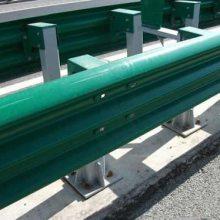 高速公路波形护栏施工-仙桃公路波形护栏-通程护栏板厂(查看)