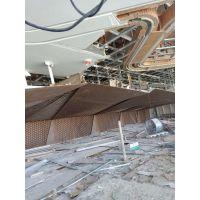 铝合金超大吊顶屏风制作及安装过程