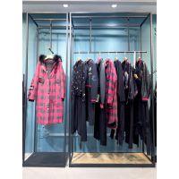 山水雨稞品牌女装折扣店加盟店折扣 一二线品牌女装尾货米色小背心吊带衫裹胸