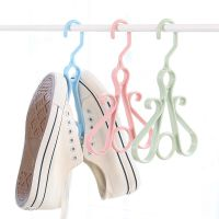 阳台晒鞋架鞋挂钩窗外多功能晒鞋架子鞋钩家用塑料小型挂式晾晒架