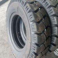 全新品质充气叉车轮胎825-20 叉子车轮胎8.25-20 含内胎垫带