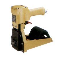 石狮纸箱打钉封口机维修、晋江气动钉箱枪、依利达ELD-3518A气动封箱机