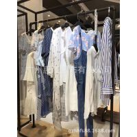 T恤灰色打底裤蓝品牌折扣女装 上海女装折扣批发