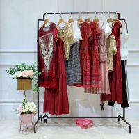 爱归主女装品牌折扣店哪里进货杭州四季青哪个市场是尾货市场瑞丽灯芯绒旗袍唐装