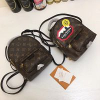 海外代购 LV路易威登 女包mini书包迷你双肩包小背包单肩包M41562