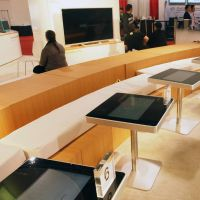 智能餐桌点餐软件简约现代智能餐厅互动娱乐鑫飞米触控桌
