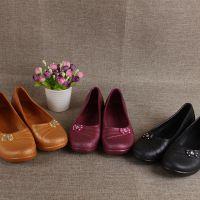 外贸订单2017新款妈妈鞋防滑工作鞋平底防水软底塑料女单鞋