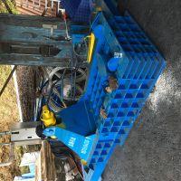 侧推包金属压块机 125卧式油漆桶压扁机 山东思路定做大型废铁压块机