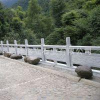 嘉祥厂家直销广场寺庙河岸护栏 园林墓地用石雕栏杆