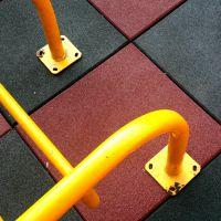 河池市社区环保安全地垫、儿童组合滑梯下用多厚的地板