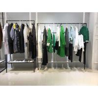 品牌服装折扣店加盟艾米塔19年新款女士风衣外套